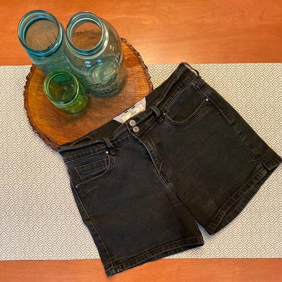 Levi's Black Jean Shorts